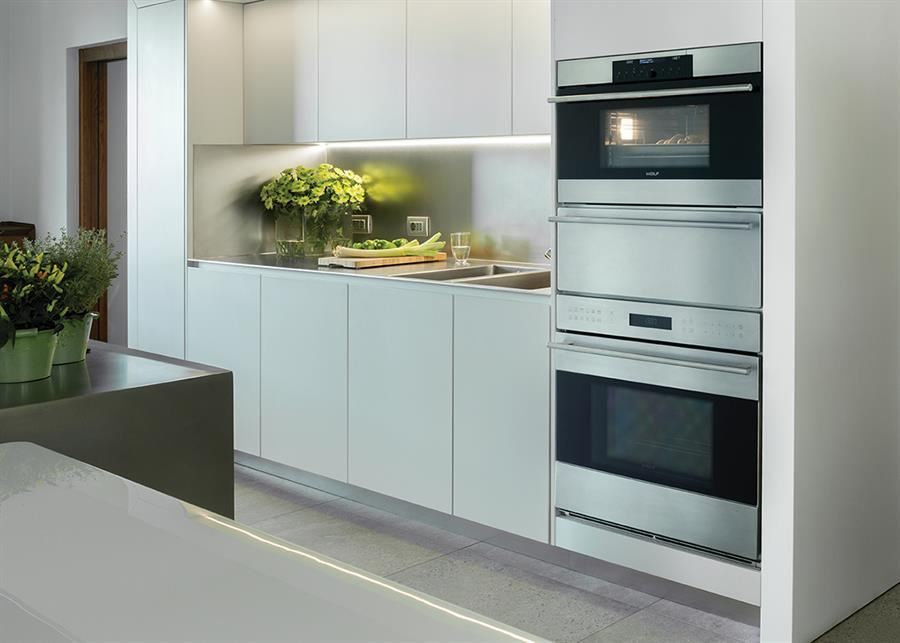 Wolf, The Brand Of Kitchen Appliances, Distributed In Italy And Other  European Countries By Frigo 2000, Offers Very Advanced Solutions To Cook In  Less Time ...