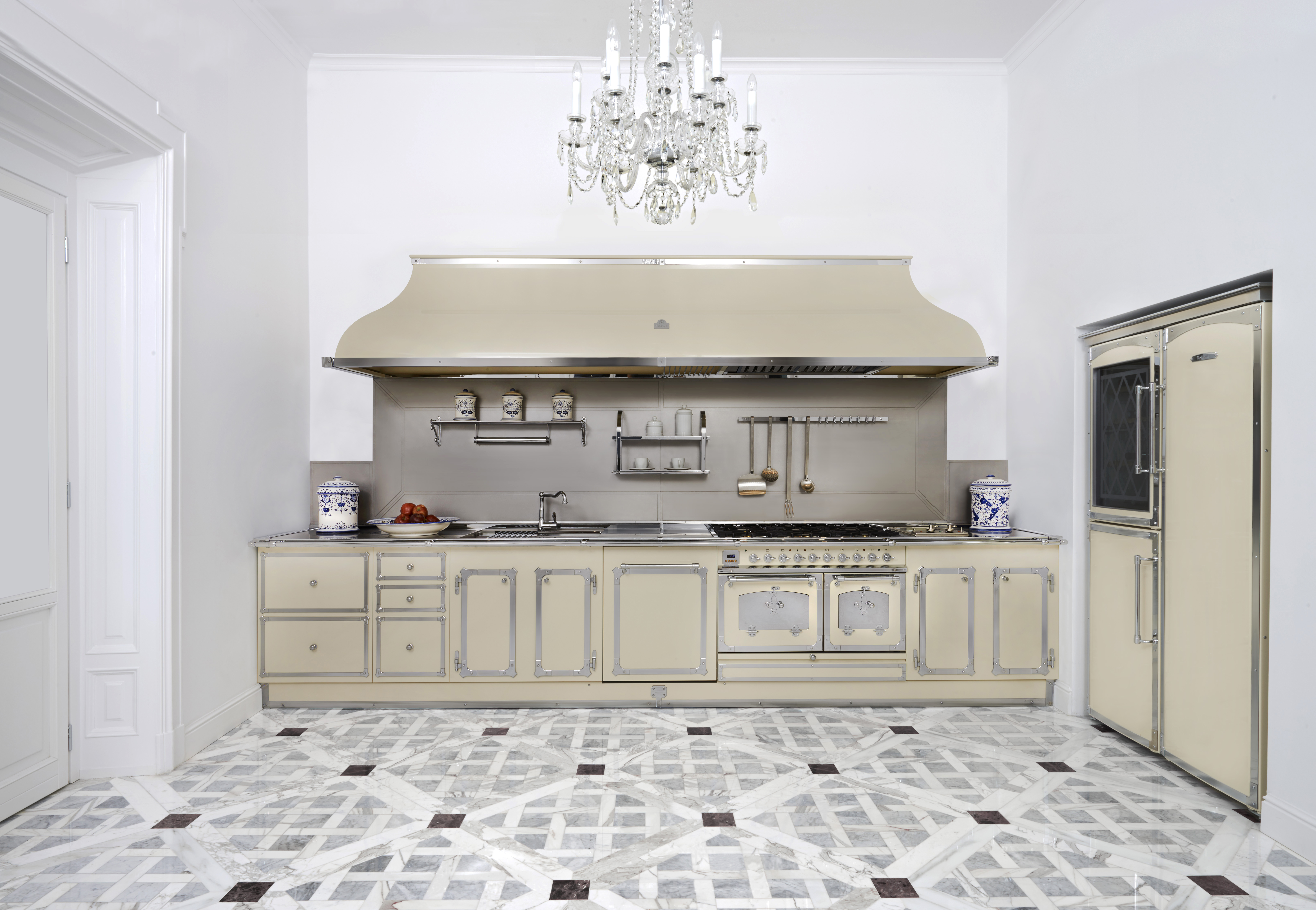 Florentine refinements for the kitchen - Home Appliances World