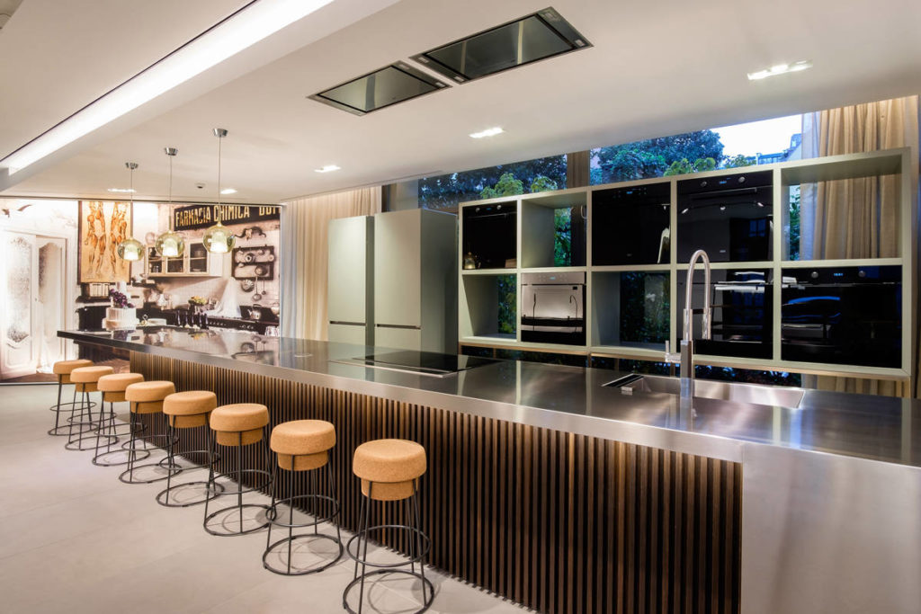 Franke opens the door of the new milan flagship store home appliances world - Franke showroom ...